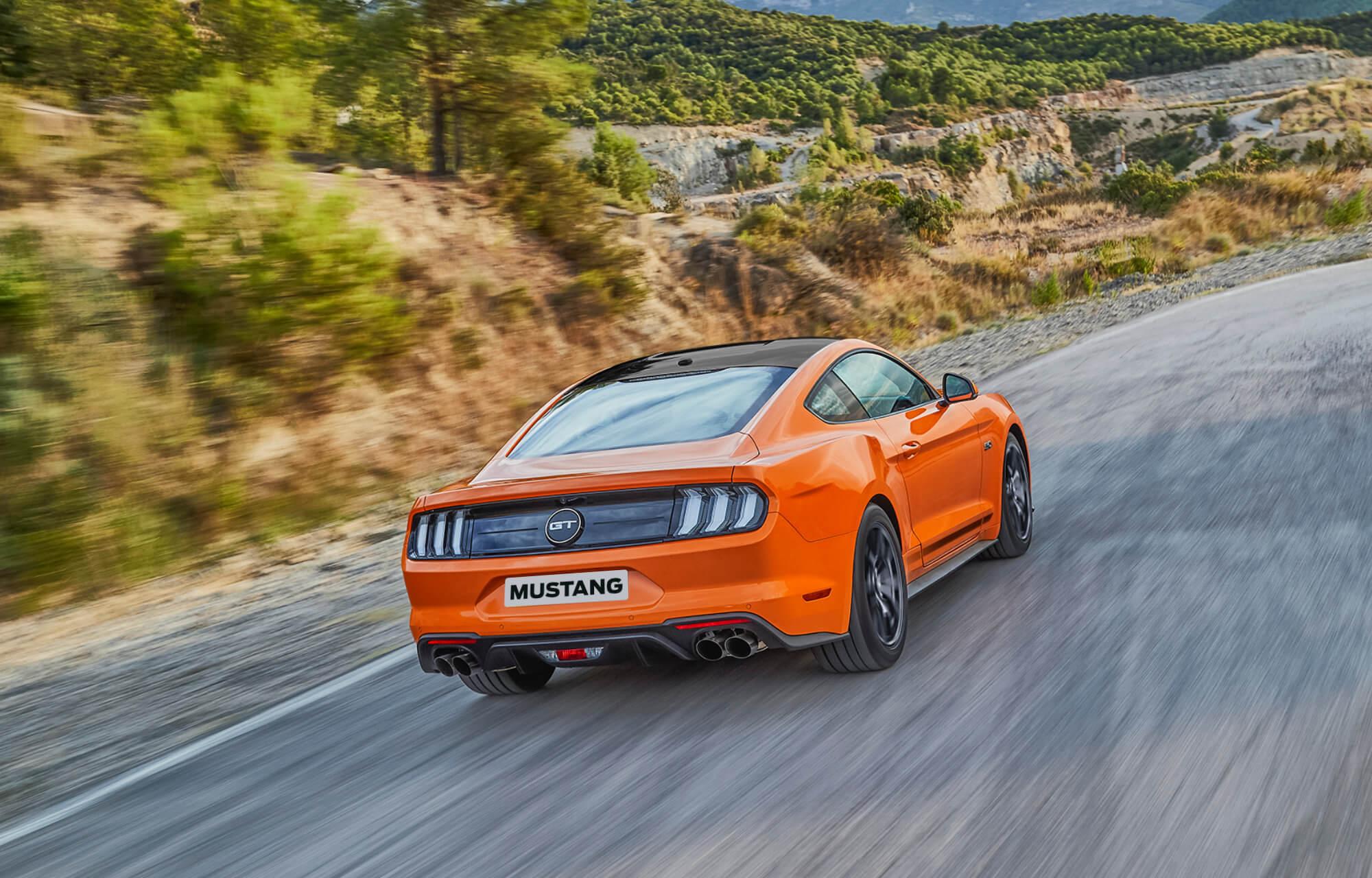 Ford Mustang Oranje