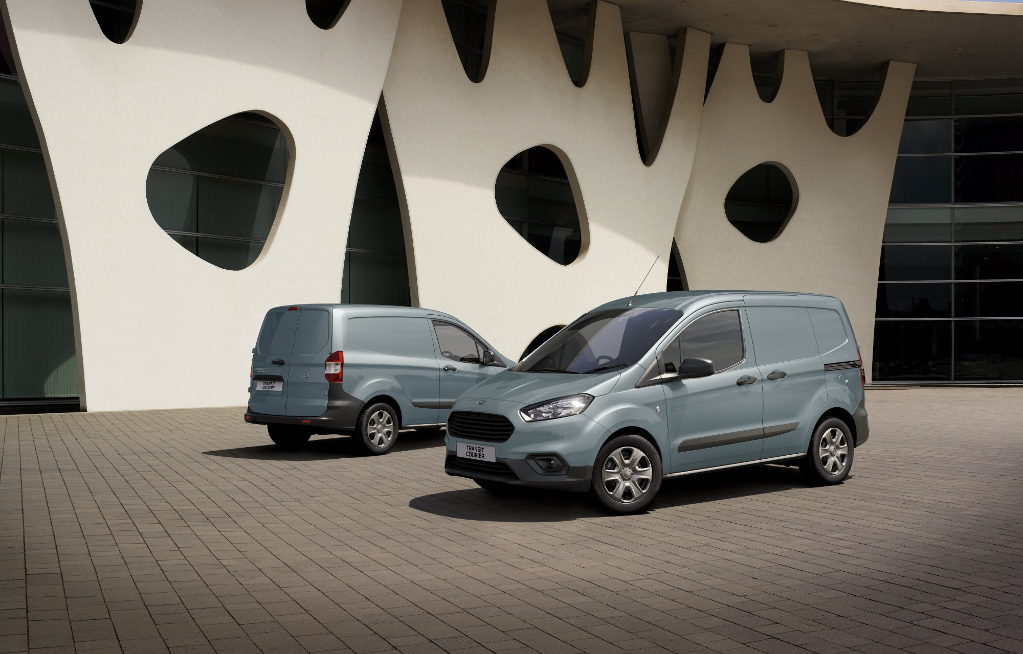 Ford-Transit-Courier-Trend