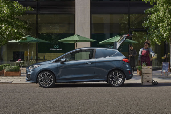 Ford Fiesta Van inlaad ruimte