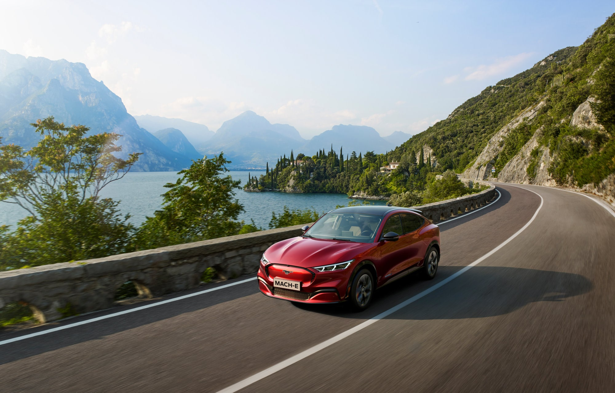 commande ford mustang mach-e Luxembourg