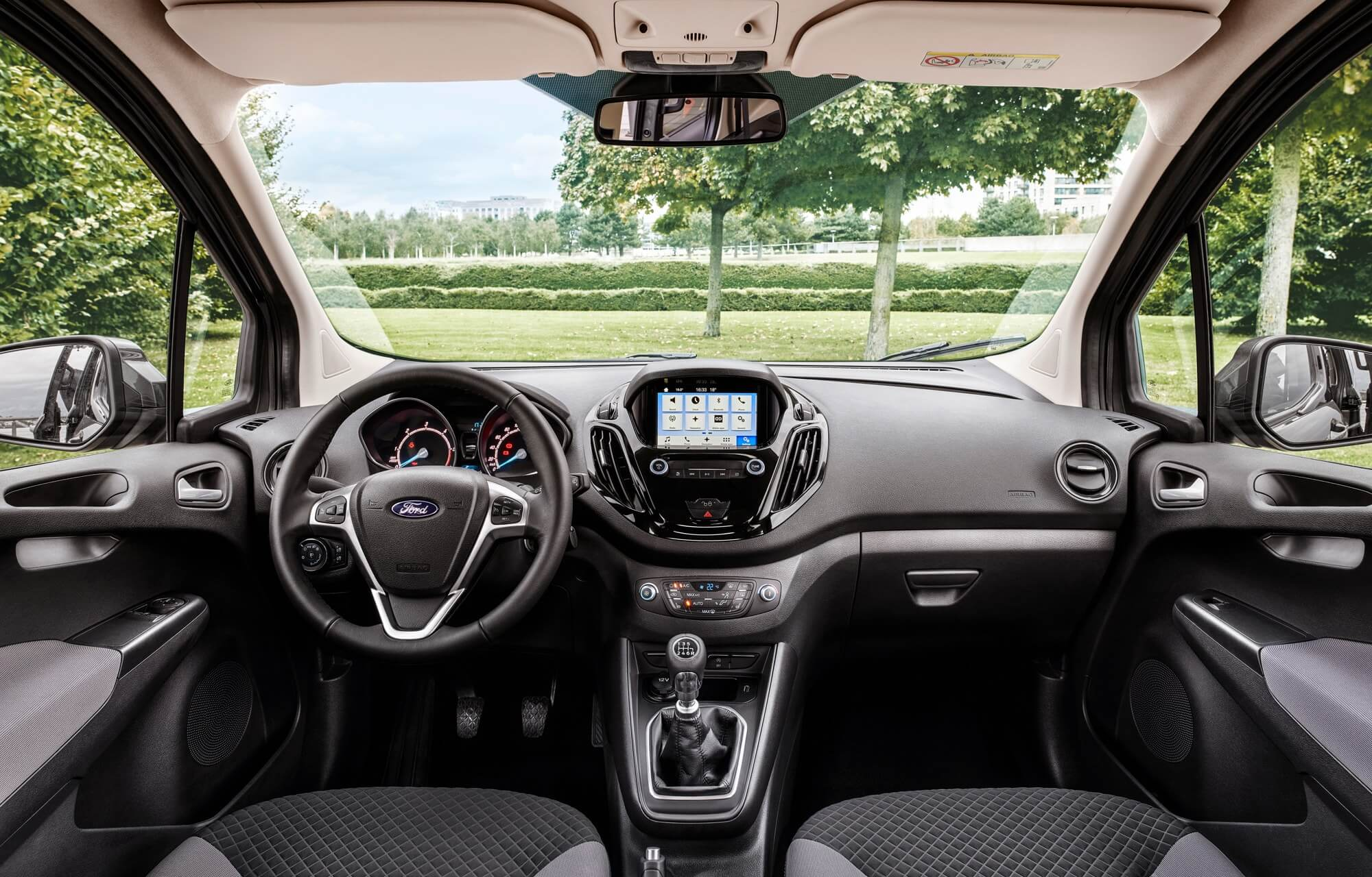 Nouveau Ford Tourneo Courier
