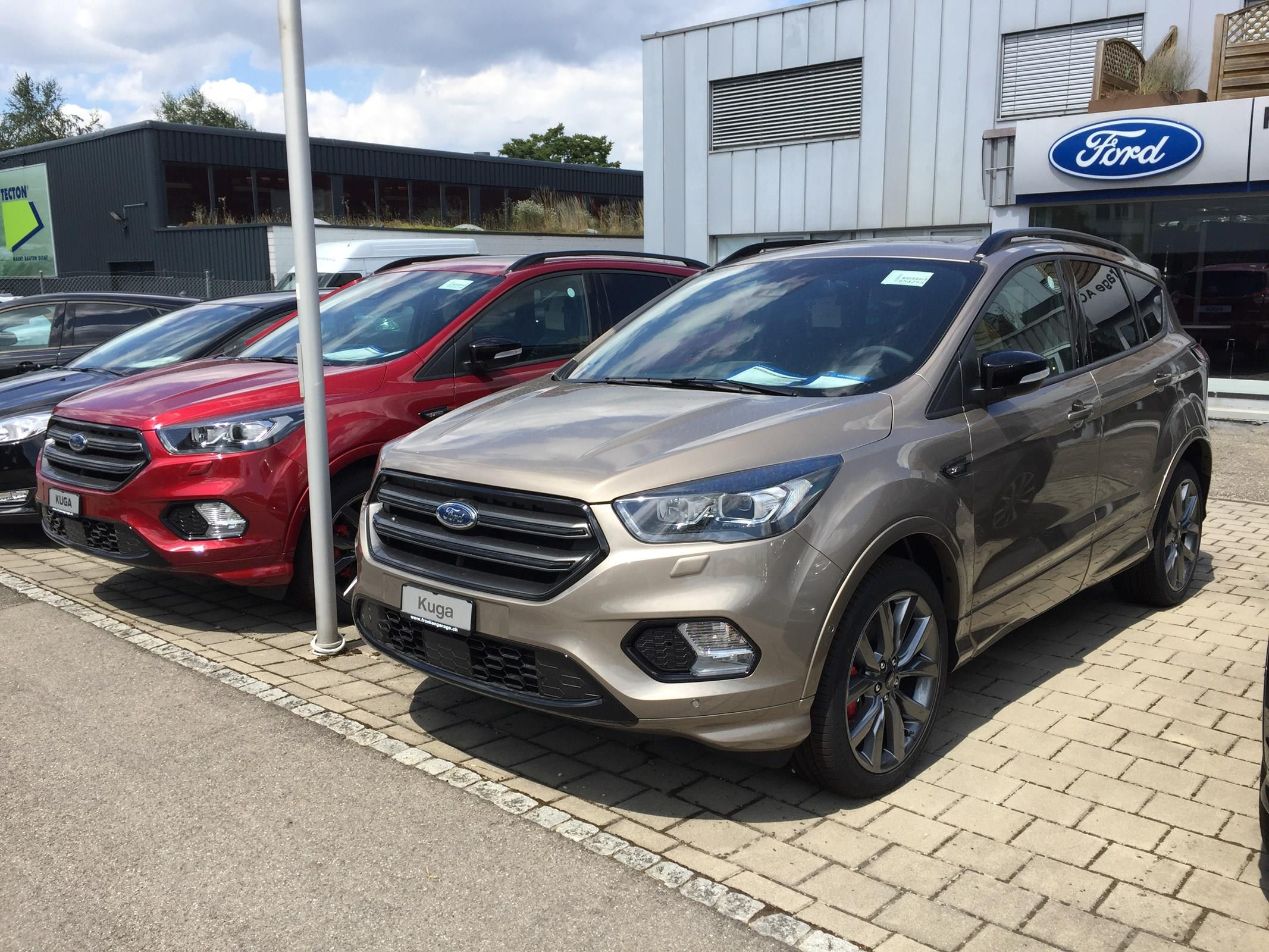 FORD KUGA Kuga 2.0 TDCi ST Line High 4WD PowerShift