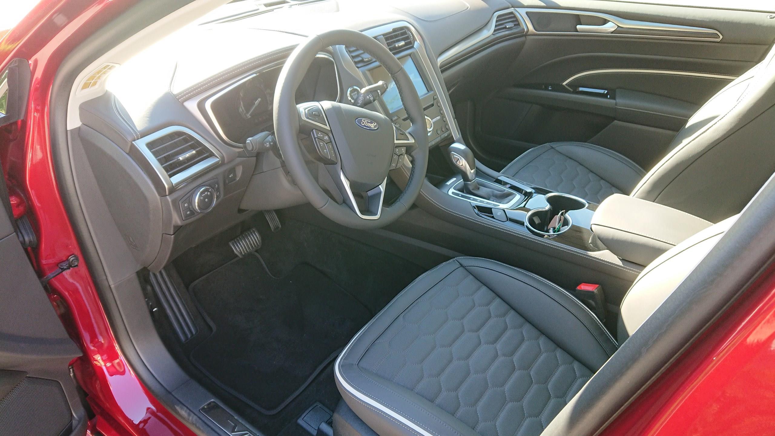 2019 Ford Mondeo Hybrid Vignale