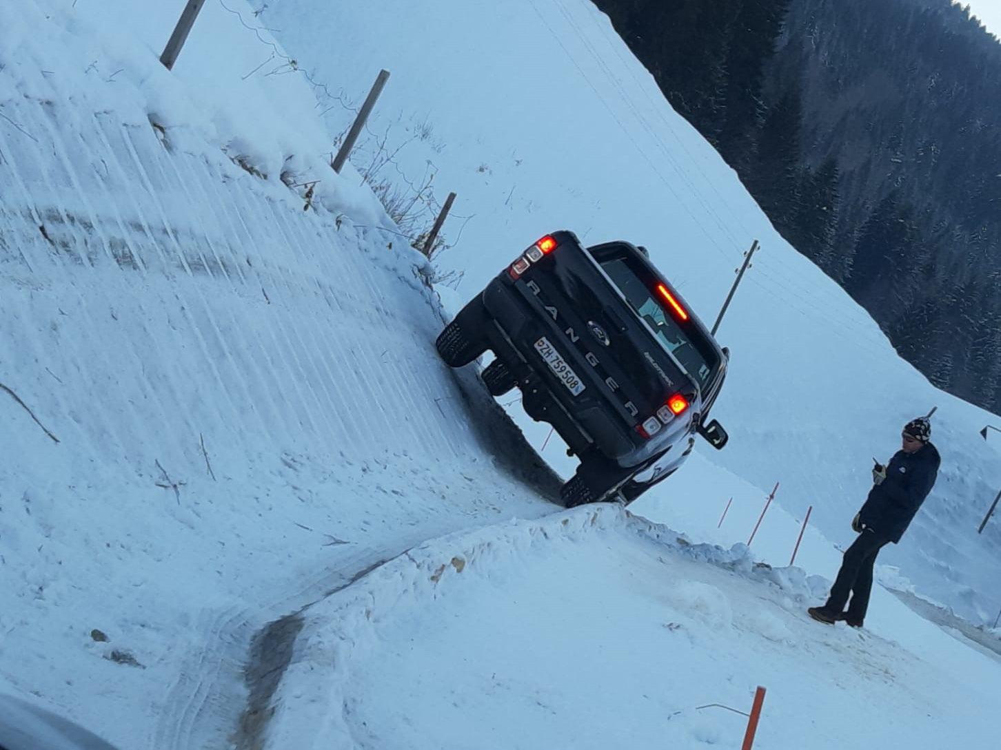 Schaub AG Ford Winterfahrtraining Gstaad