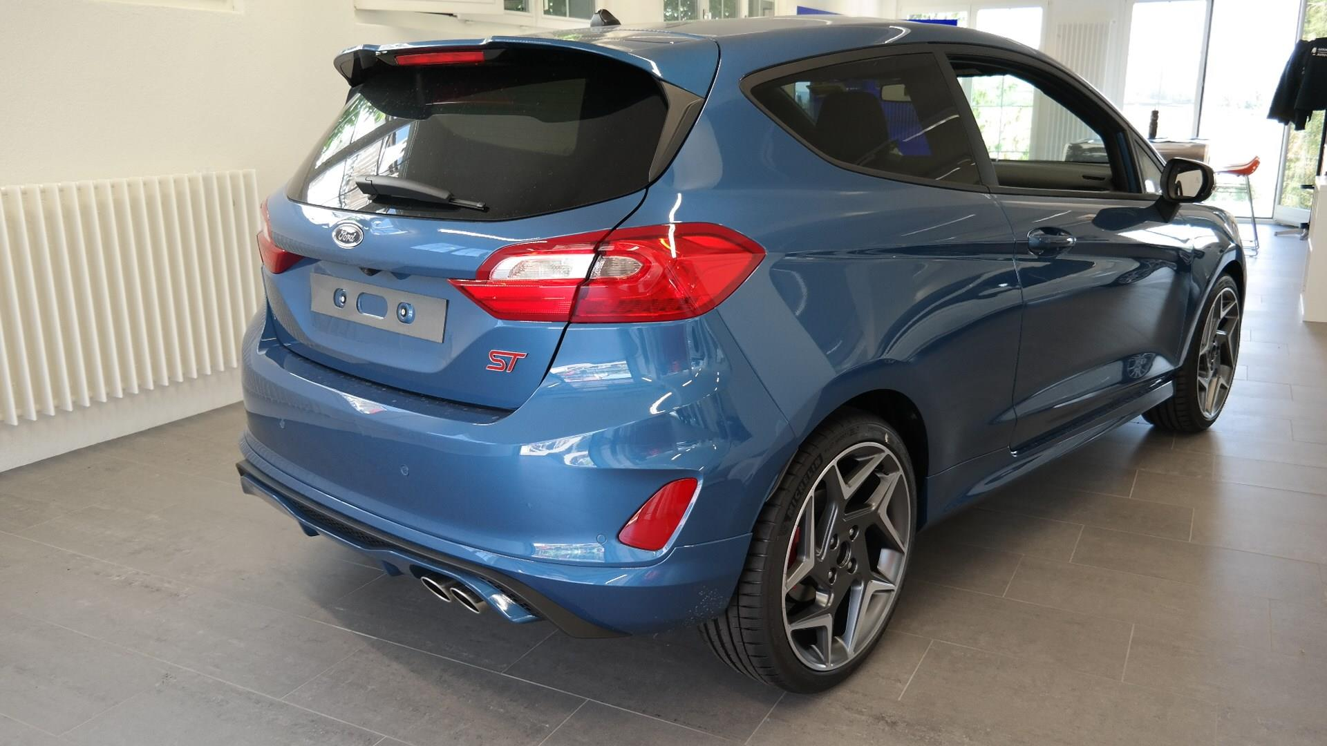 FORD FIESTA Fiesta 1.5 SCTi ST+ Performance Blue Metallic F. + Ch. Müller AG in Sünikon