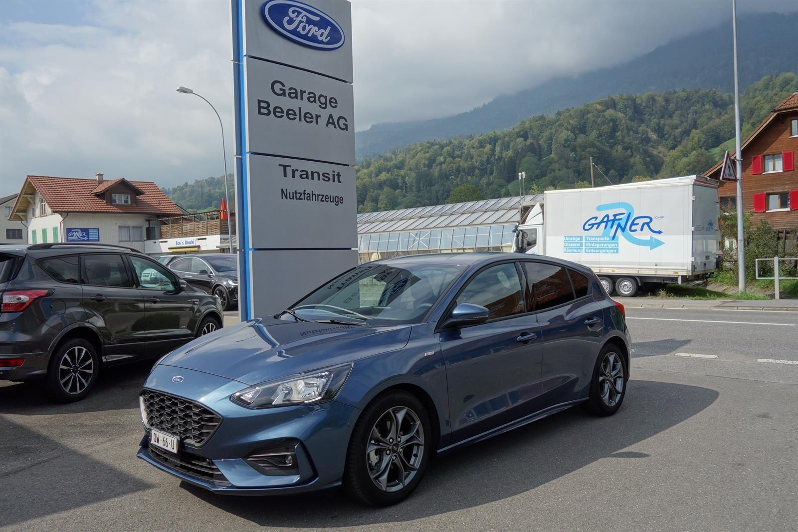 2018 FORD FOCUS 1.0i EcoB 125 ST-Line Chrom blue metallic Garage Beeler AG