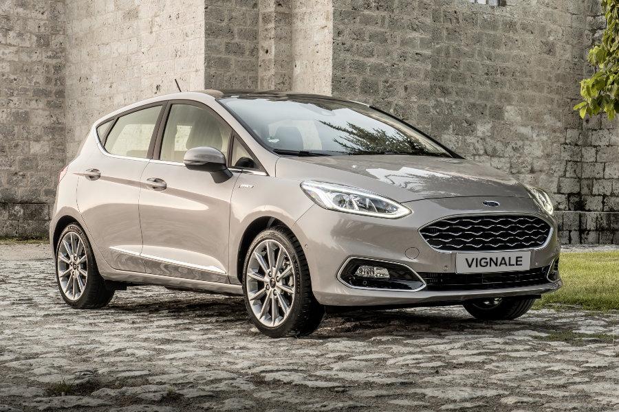 Zcela nový Ford Fiesta Vignale - Bílá Frozen