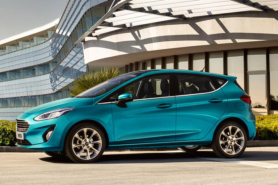 Zcela nový Ford Fiesta Titanium - Modrá Wave