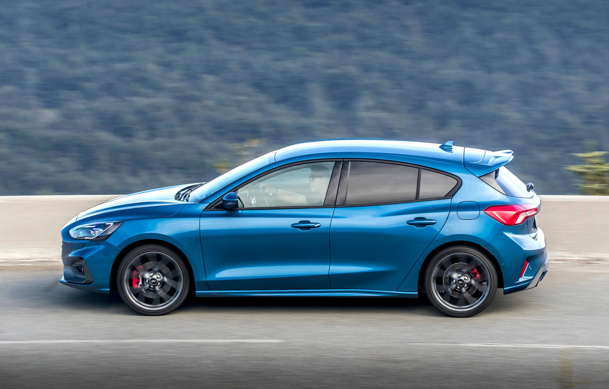 Stop And Go Auto >> Uusi Ford Focus