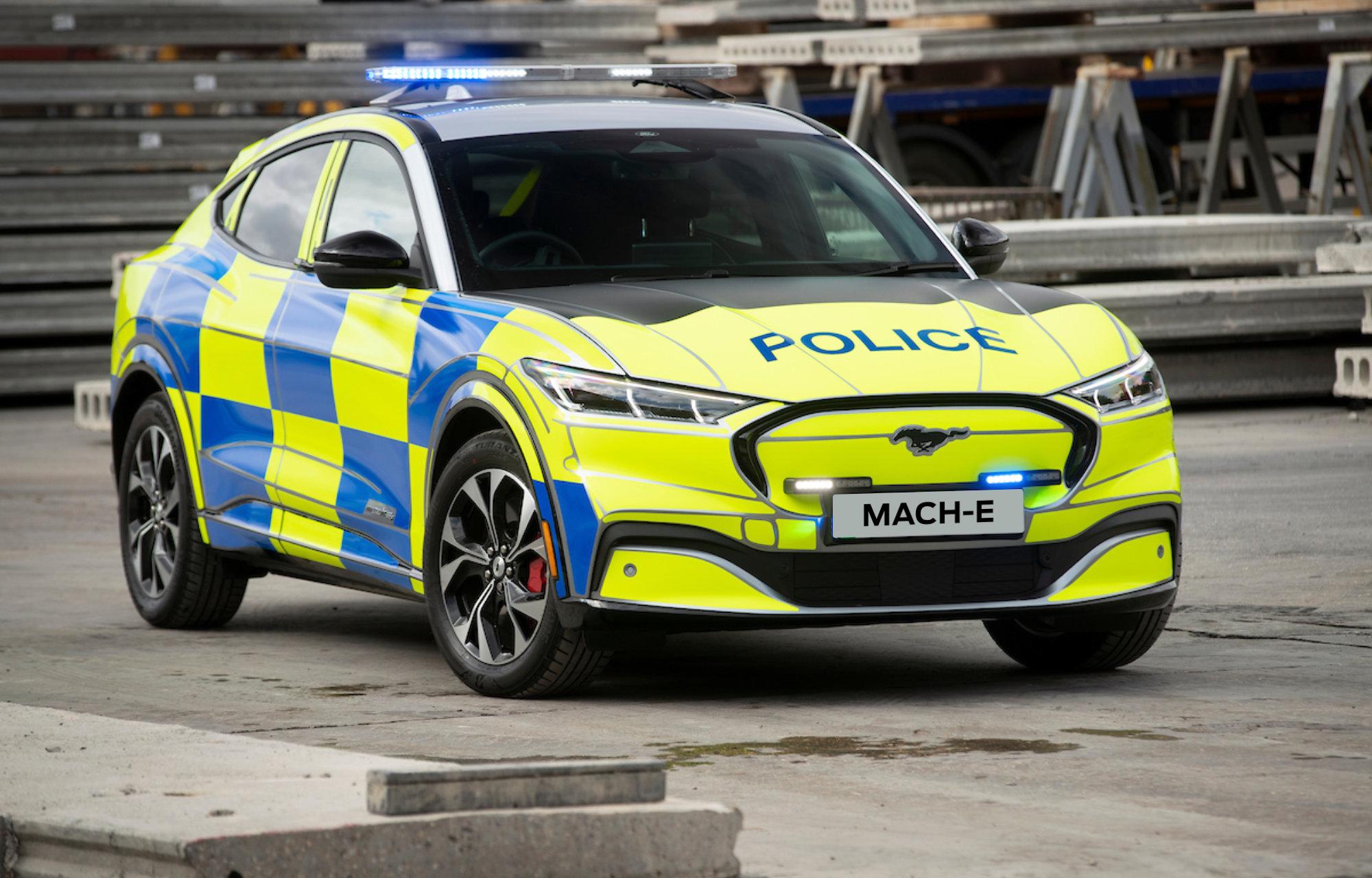Ford Mach-E rendőrautó