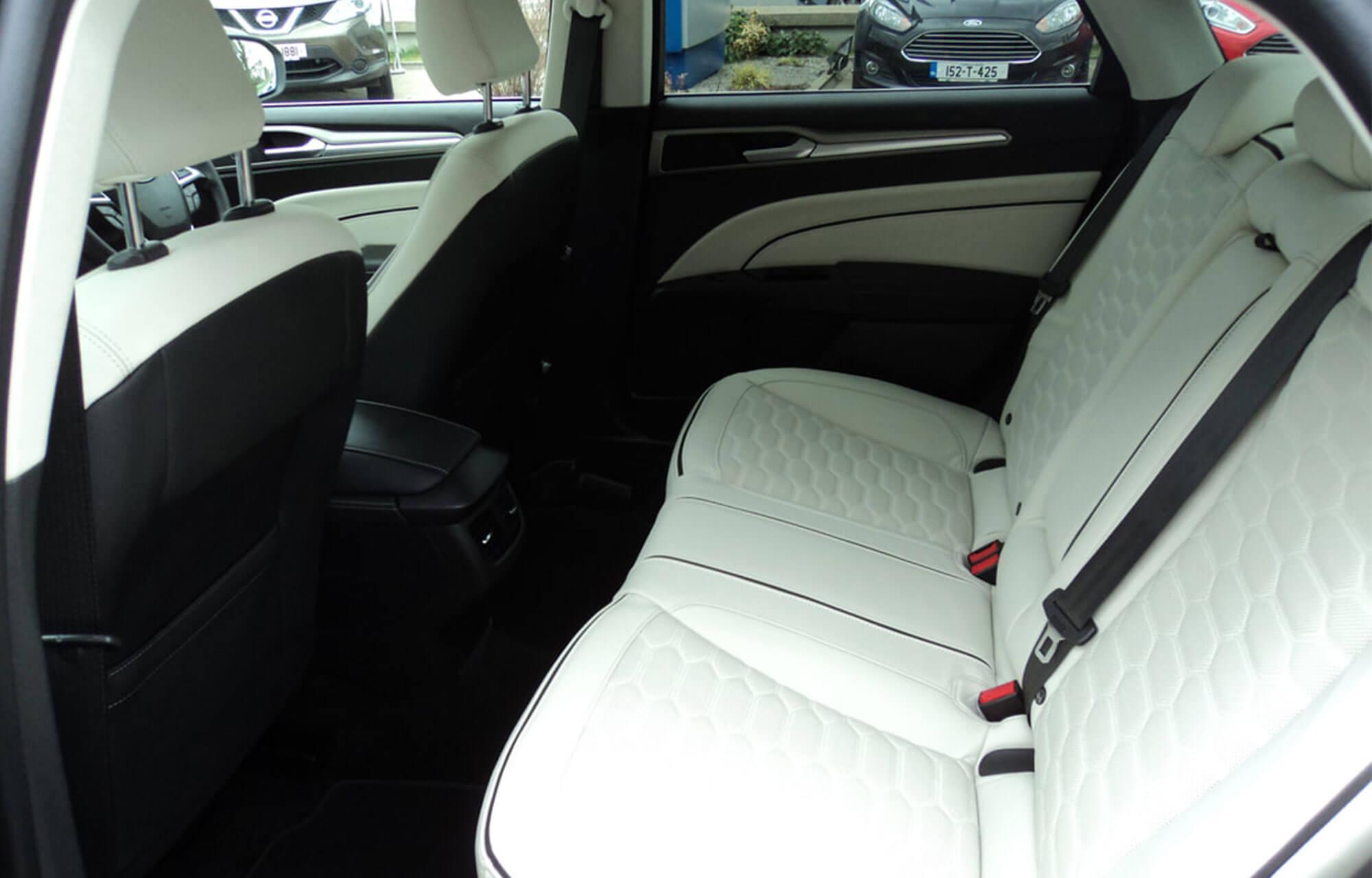 Mondeo Vignale Hybrid Interior