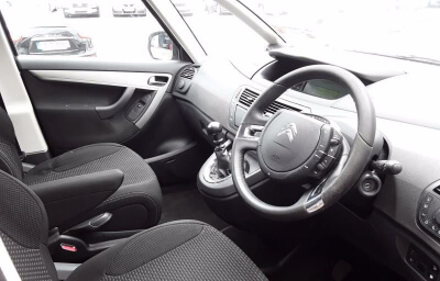 Interior front-right view - silver 2013 (131) Citroen C4 Picasso 1.6 HDI Diesel - Save €1000 only at Slaney View Motors