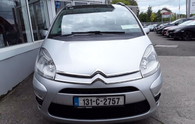 Front view - silver 2013 (131) Citroen C4 Picasso 1.6 HDI Diesel - Save €1000 only at Slaney View Motors