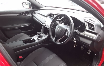 Front-right interior view - red 2018 (182) Honda Civic 1.6 I-DTEC Smart Plus - Save €1000 only at Slaney View Motors