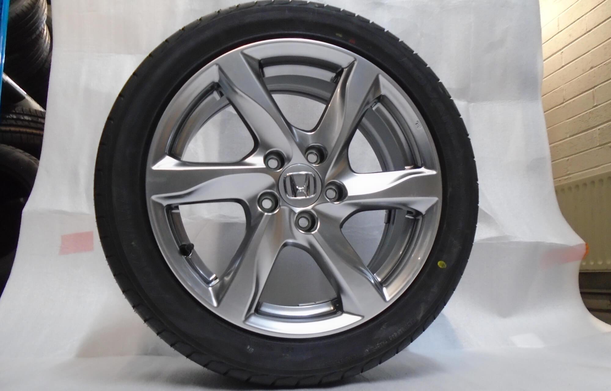 "Genuine 17"" Honda Alloys and Wheels"