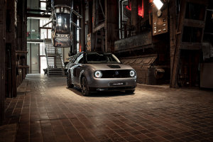 Honda e takes centre stage at Red Dot Design Museum