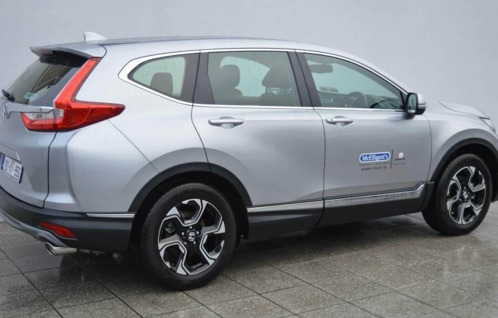 Ex-Demonstrator 2018 CR-V Lifestyle now available