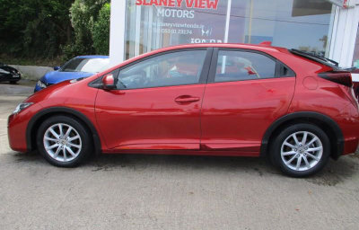 2015 (152) Honda Civic 1.4 i-VTEC Comfort 4 Door available at Slaney View Motors Wexford