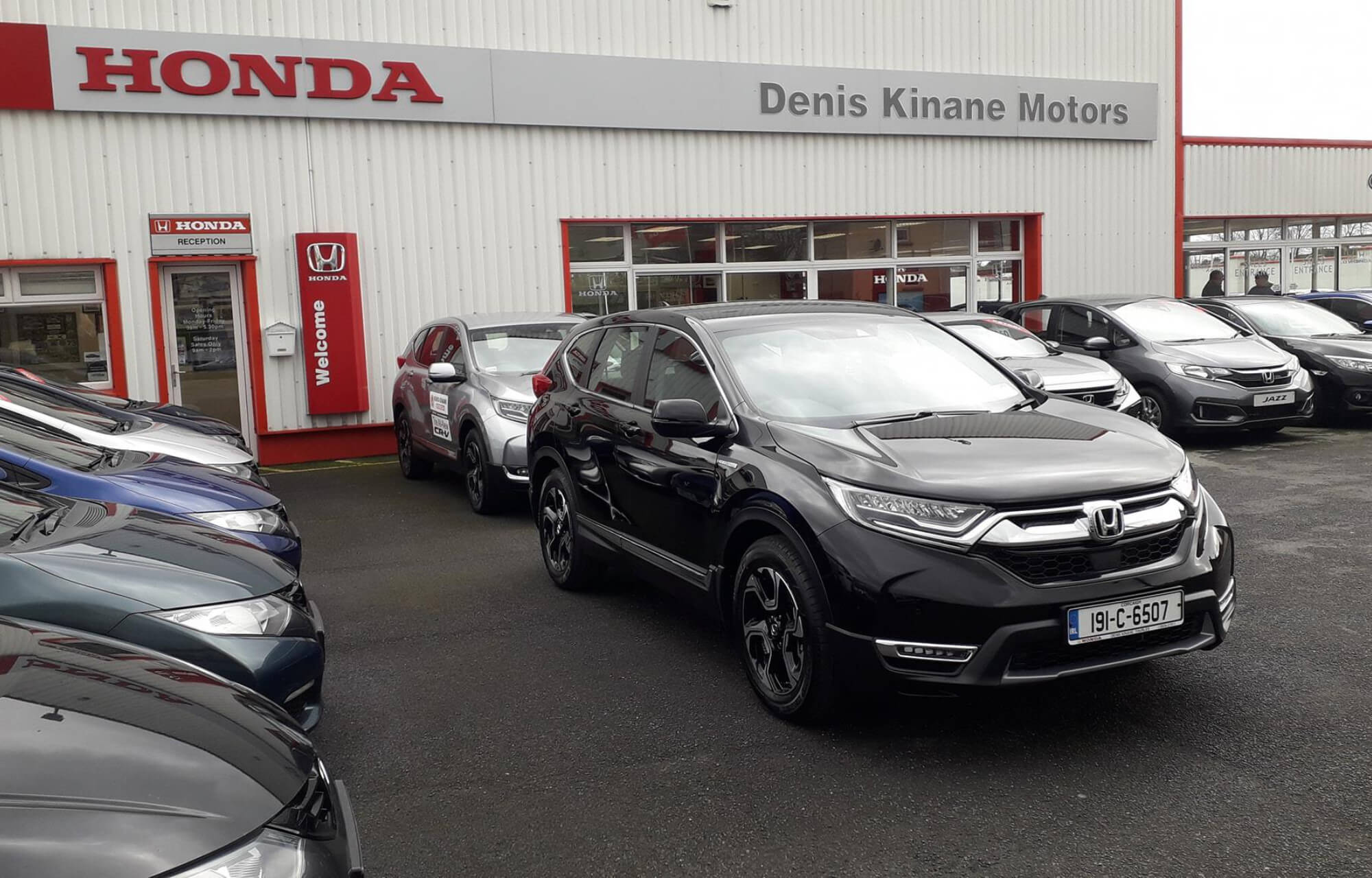 First customer to collect their 2019 CR-V Hybrid