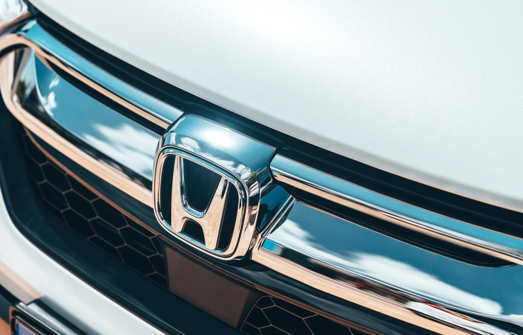 Experience the all-new CR-V Hybrid at Clonskeagh Motors