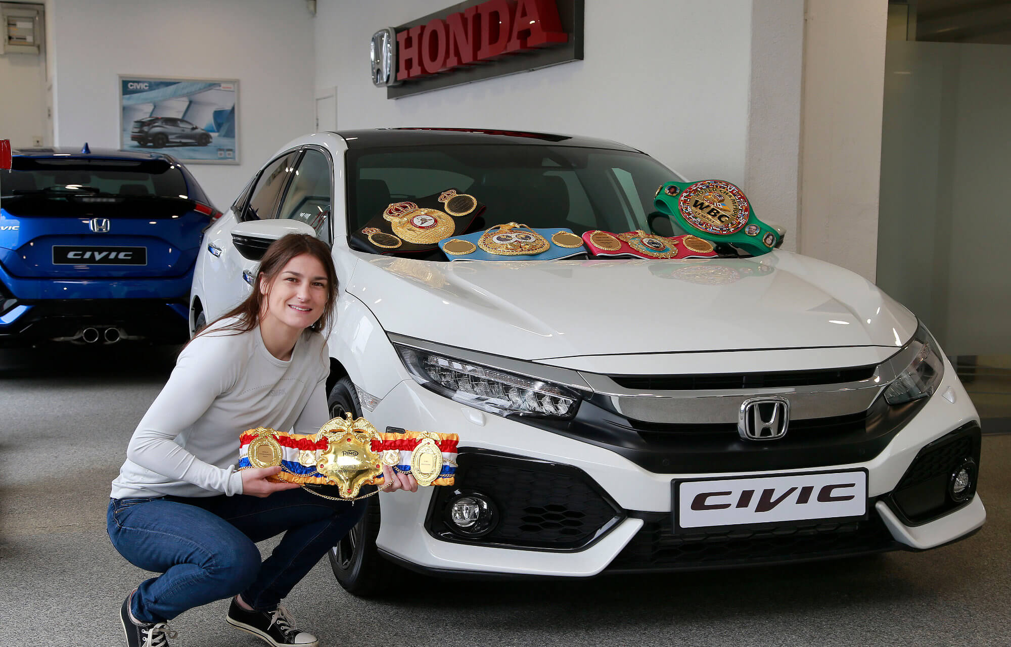 Honda brand ambassador Katie Taylor collects her new Honda Civic