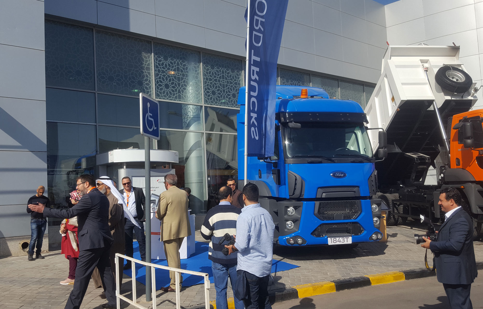 شاحنات فورد تشارك في أسبوع الكويت للإنشاءات