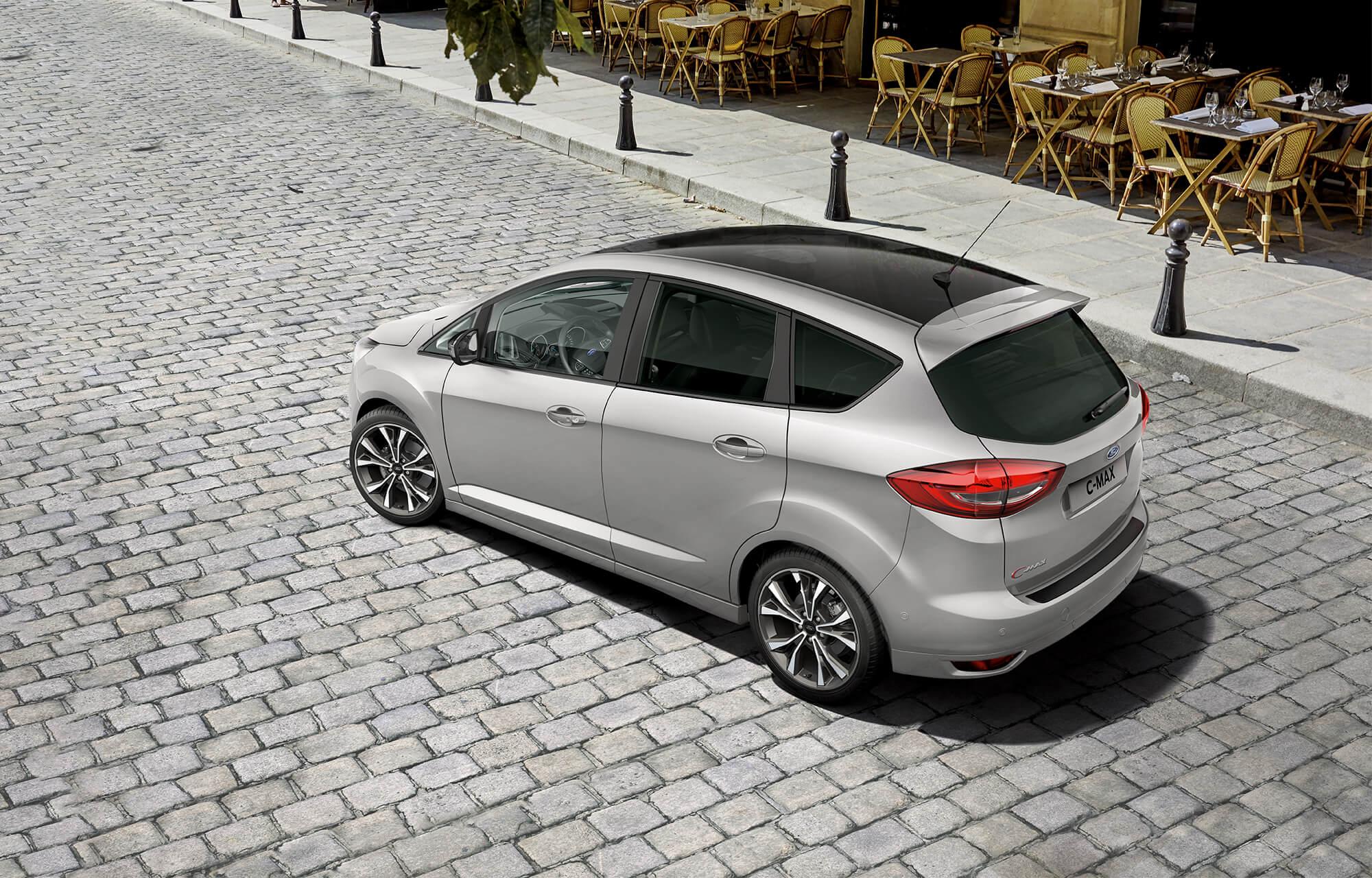 De nieuwe Ford C-MAX Sport met inparkeersysteem