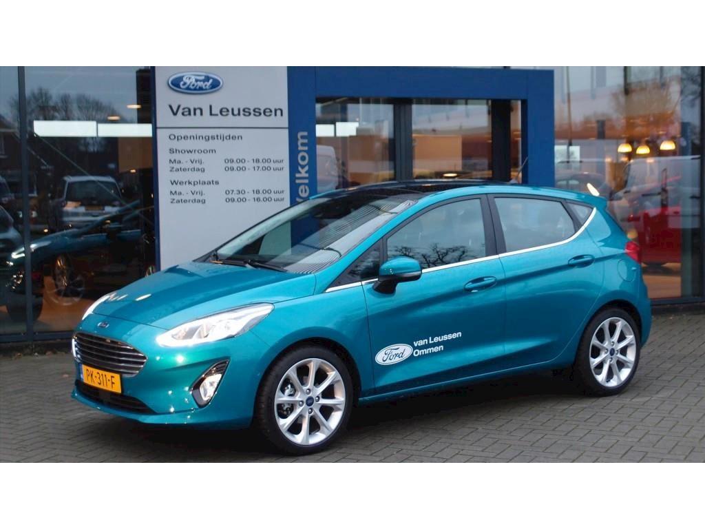 Ford Fiesta bij Autobedrijf Van Leussen in Ommen