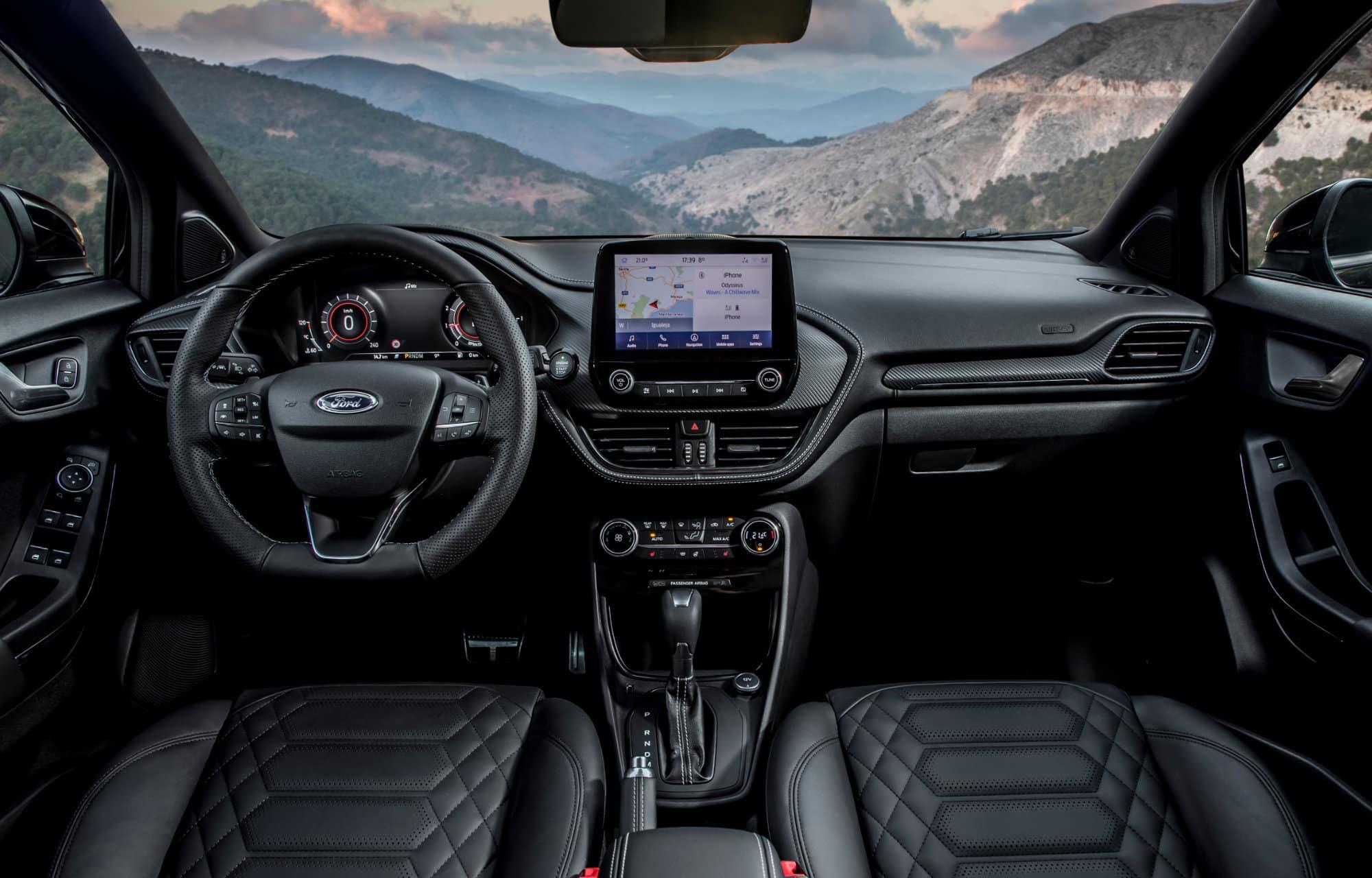 Ford Puma Vignale interieur