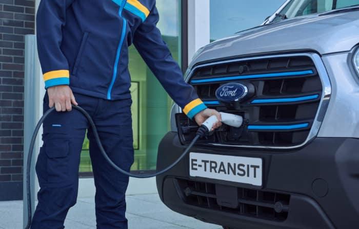 Ford E-Transit opladen