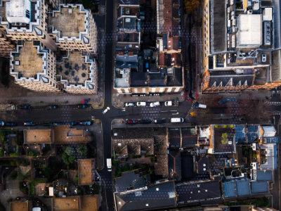 Stadsfoto van boven Ford RoadSafe
