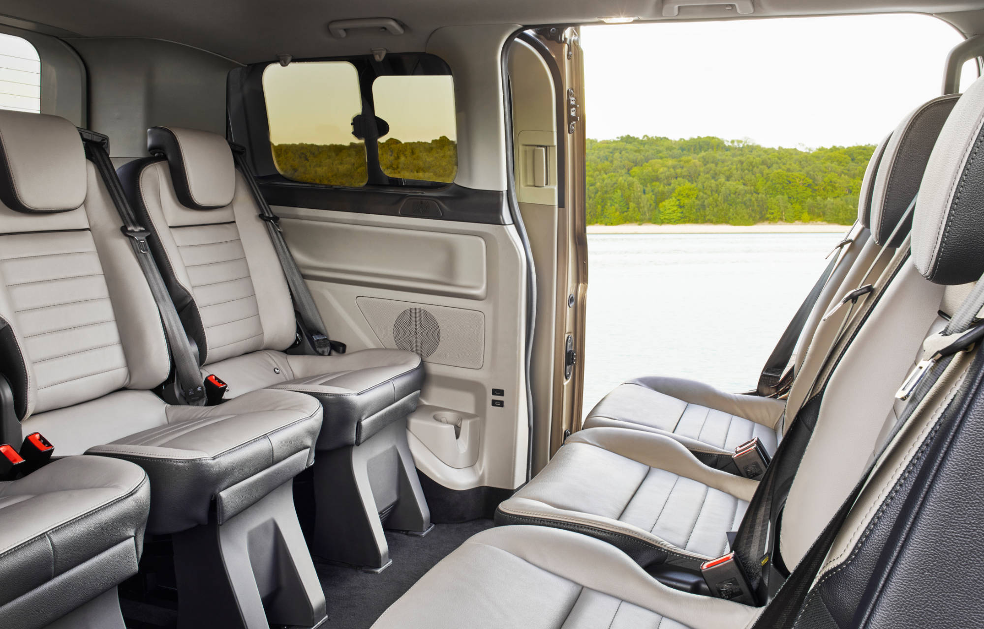Ford Tourneo Custom Interiør Bilde