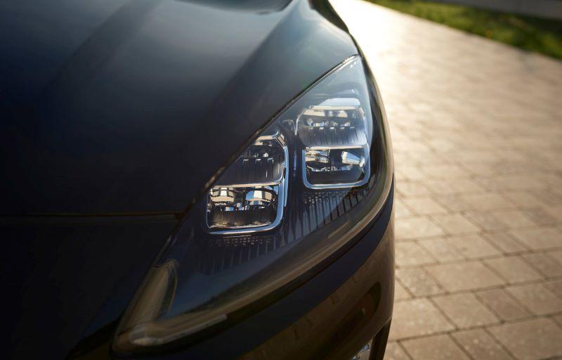 Ford Kuga hybrid med firehjulstrekk