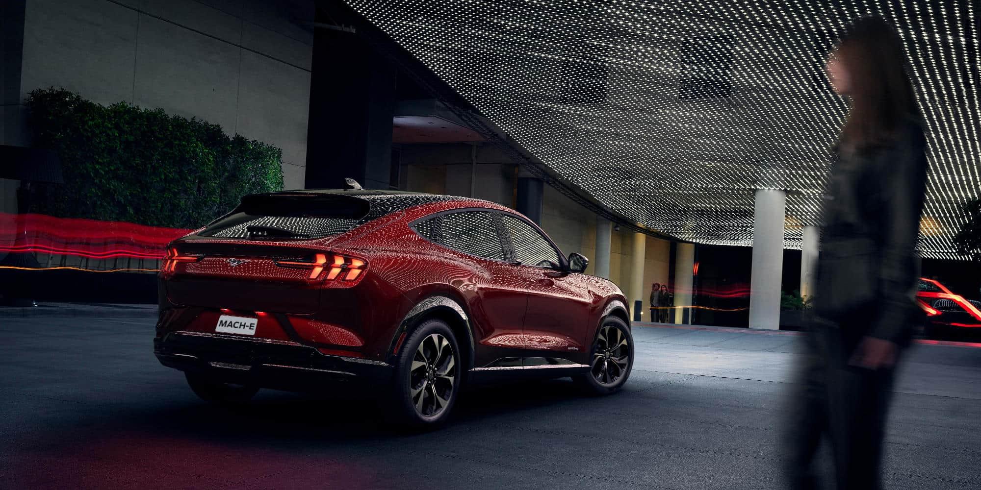 Mustang Mach-E rød
