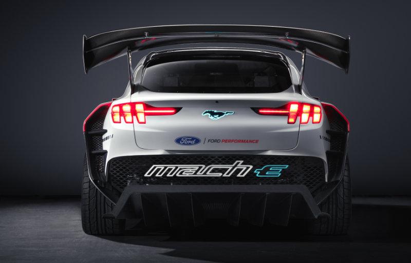 Mustang Mach-E 1400