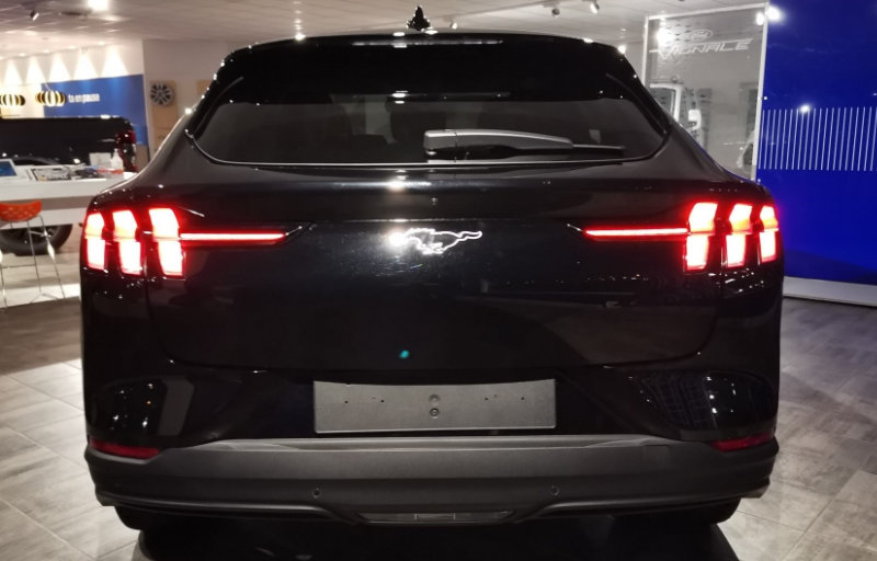 Ford Mustang Mach-E hos Sentrum Auto
