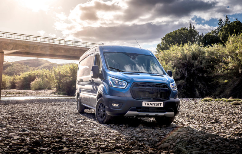 Ford Transit 2 Trail