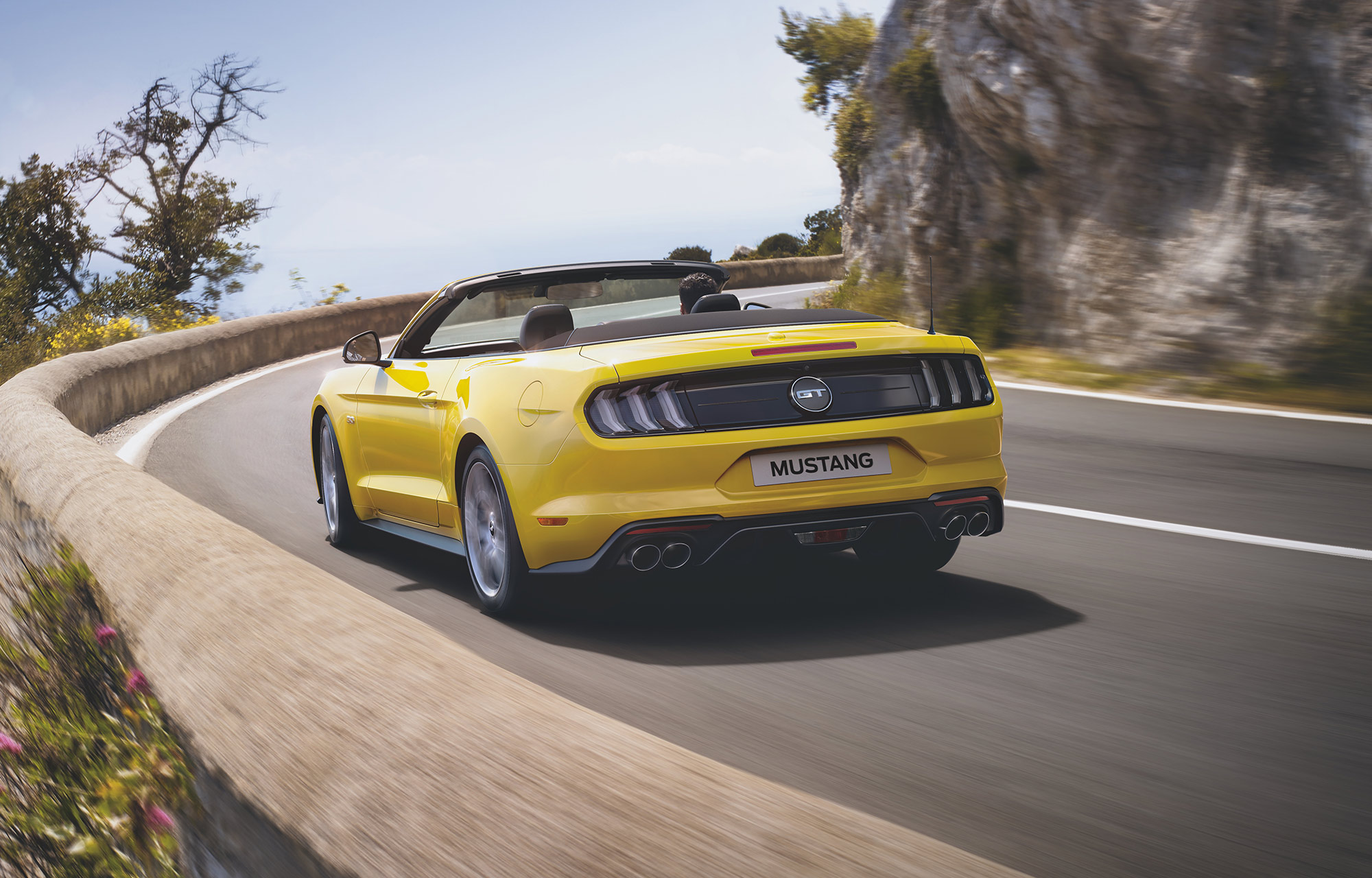 Ford Mustang V8 GT Fastback Convertible