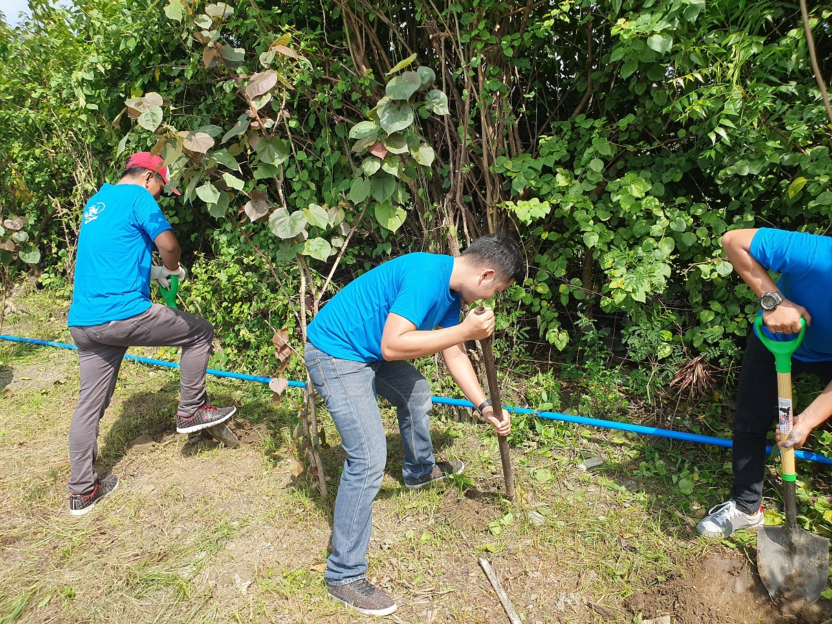 ford tarlac's global caring month event
