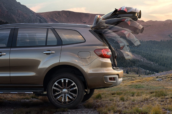 Close up of the Ford Everest