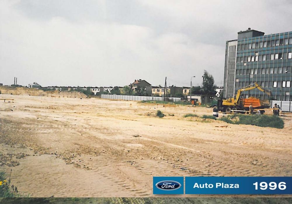 Auto Plaza 1996