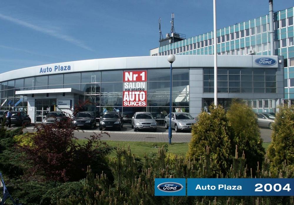 Auto Plaza 2004