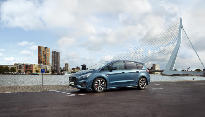 FORD S-MAX 2.0 ECOBLUE ST-LINE 150KM POWERSHIFT