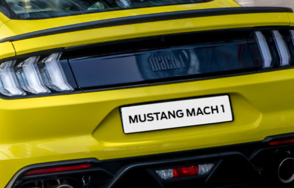 Premiera Ford Mustang Mach