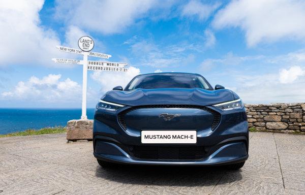 Ford Mustang Mach-E - zbliżenie