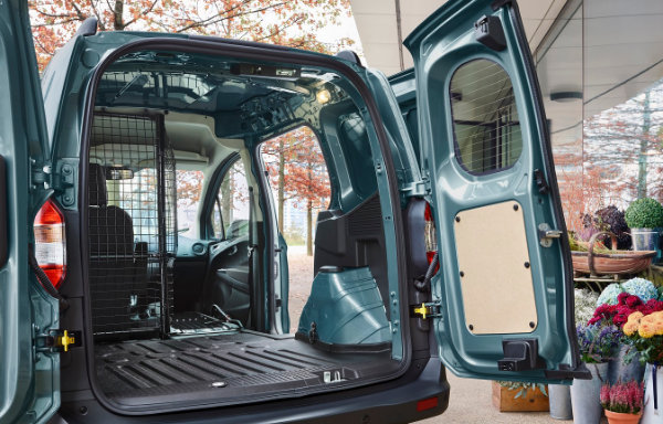 Ford Transit Courier (2)