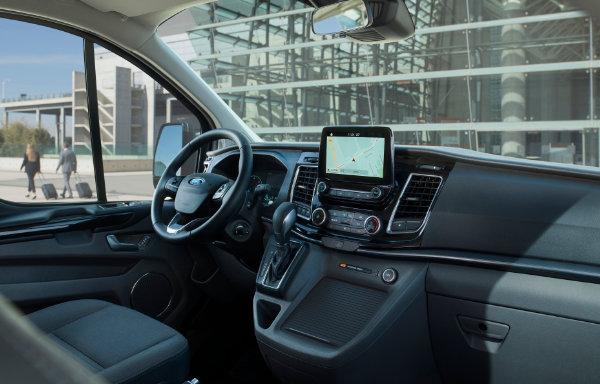 Ford Tourneo Custom Plug-In Hybrid (5)