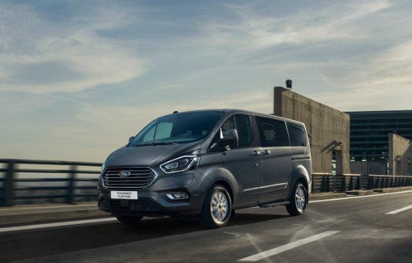 Ford Tourneo Custom Plug-In Hybrid (3)