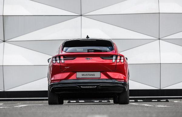 Mustang Mach-E - tył