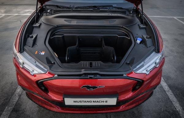 Mustang Mach-E (7)